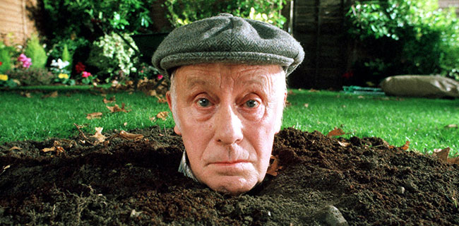one foot in the grave essay One foot in the grave victor meldrew, a man who, put simply, is annoyed by every one of life's 'challenges', has never been renowned for his patience and tolerance.